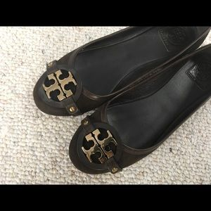 Chocolate brown Tory Burch suede ballet flats
